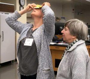 Using a Foldscope